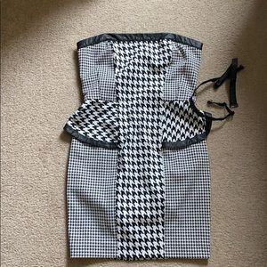 Bebe size small, strapless dress